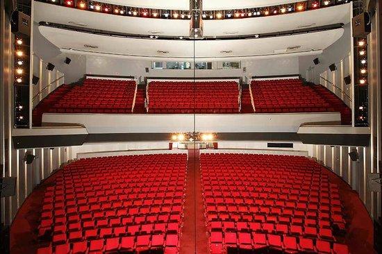 Adelaide Festival Centre : Her Majesty's Theatre
