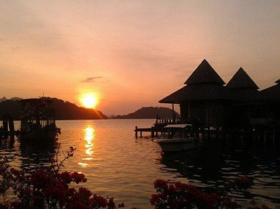 Salak Pet Bay: Stunning sunrise