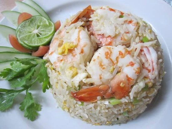 Eat & Arts Restaurant: Fried Rice with Prawns
