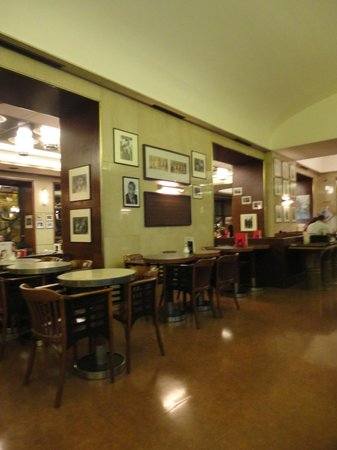 Cafe Slavia : Kavarna Slavia