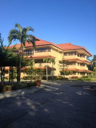 The Suites at Mount Malarayat: Rooms