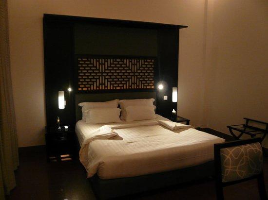 White Mansion: 寝心地抜群のベッド1