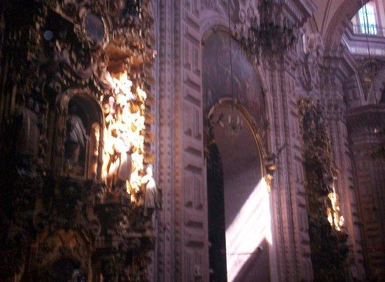 Catedral de Santa Prisca: interior sta prica