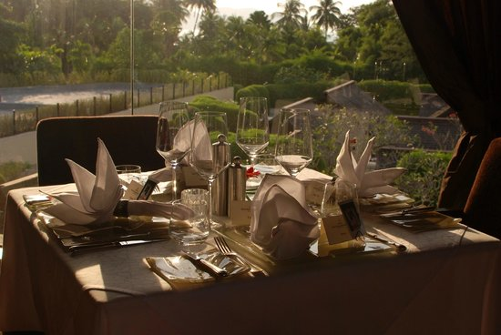 Feringgi Grill : Nice table setting