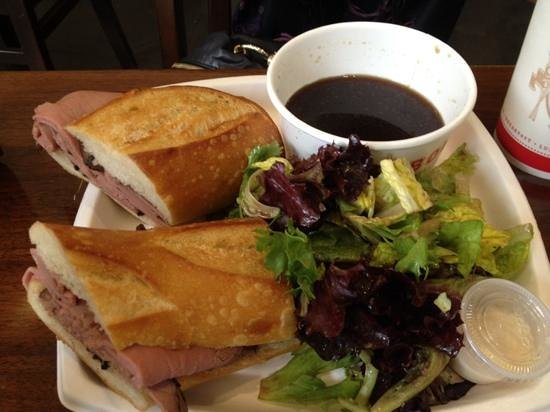 Boudin Bakery & Cafe: roast beef with dip