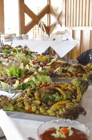 Anna Amalia Restaurant mit Seeterrasse : Buffet für Familien-, Betriebs- und Weihnachtsfeiern