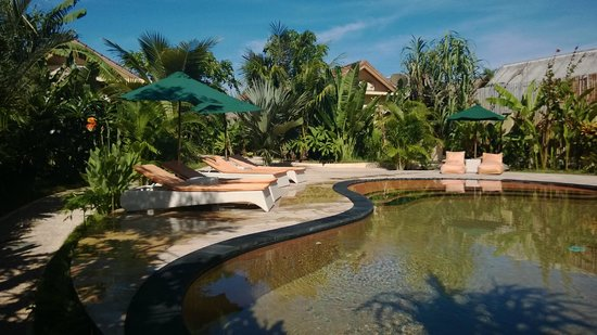 Laguna Gili Beach Resort: Quiet and relaxing pool area