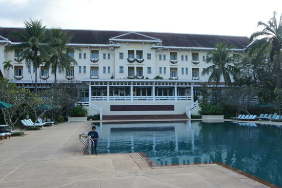 Raffles Grand Hotel d'Angkor : pool