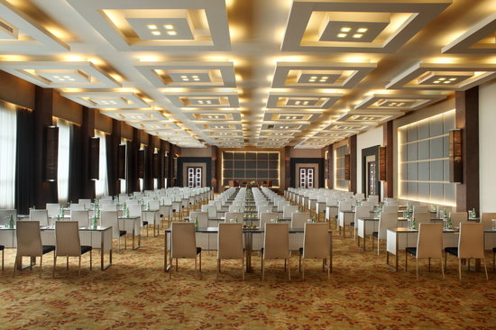 Ballroom Outdoor Wedding Venue Jogja: Picture Of Eastparc Hotel, Depok