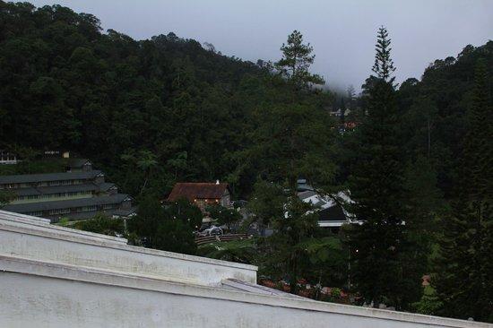 Shahzan Inn Fraser's Hill: view from balcony