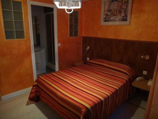 Hotel Roma Sacre Coeur : chambre 308