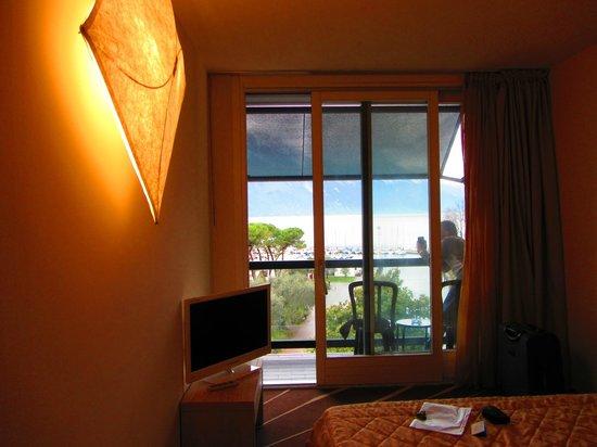 Grand Hotel Riva : Terrazzino con vista lago - camera 417