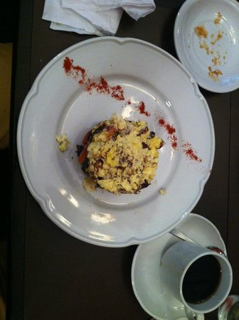 Miravida Soho Hotel & Wine Bar: Eggs for breakfast are but one excellent choice