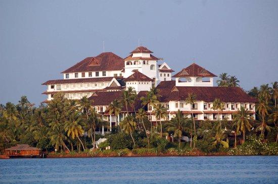 The Raviz Resort and Spa, Ashtamudi : View of The Raviz from the lake