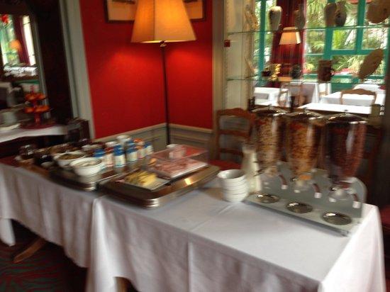 Hôtel Saint Christophe La Baule : Buffet petit dejeuner