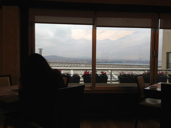 Richmond Istanbul: panorama sala colazione
