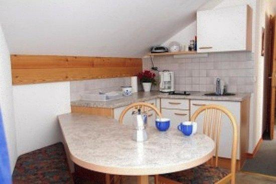 Haus Lena: Küche Mansarde