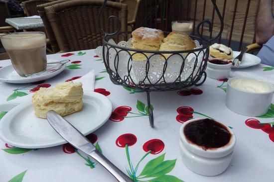 The Tea Cosy: Delicious!