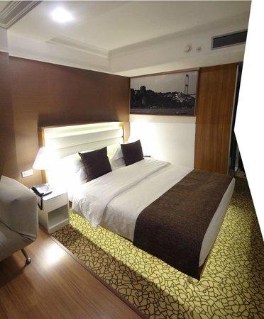 Richmond Hotel Istanbul: letto