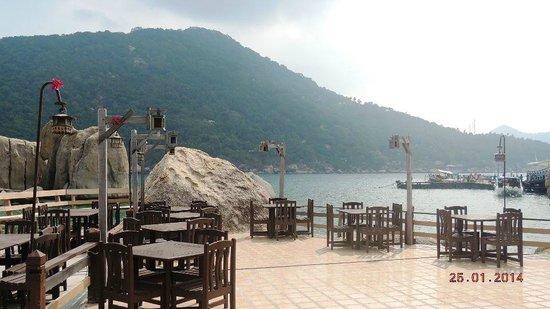 Koh Nang Yuan dock