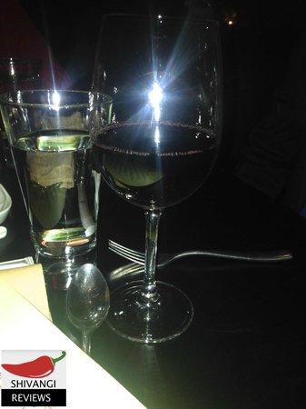 Shiro: Red Wine