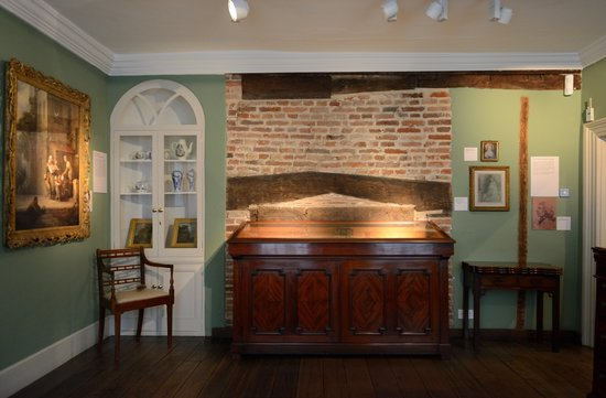 Gainsborough's House: The parlour