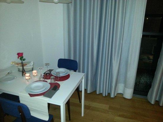 Mxp Rooms Guest House : Lume di candela