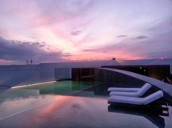 Park Hyatt Chennai : Sunset from TOp