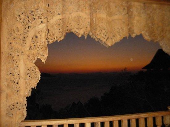 Santhiya Koh Yao Yai Resort & Spa : Sonnenuntergang vom Balkonzimmer