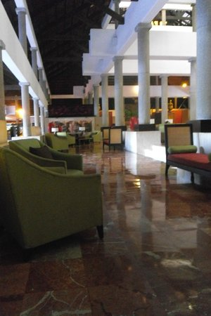 Bavaro Princess All Suites Resort, Spa & Casino : Bar