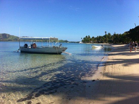 Lomani Island Resort: spiaggia