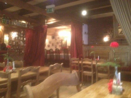 Czerwony Wieprz: Again great decor.