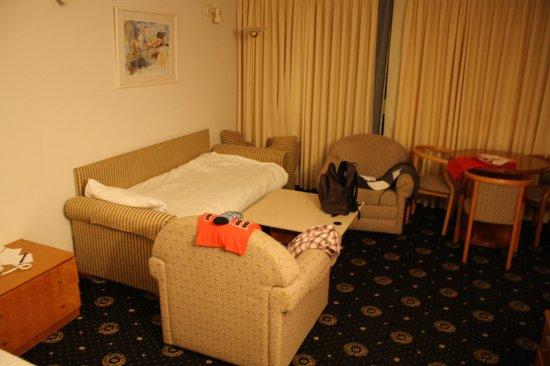 Seasons Netanya Hotel : Habitación