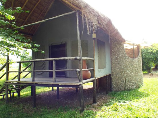 Ishasha-Ntungwe River Camp : Our Tent