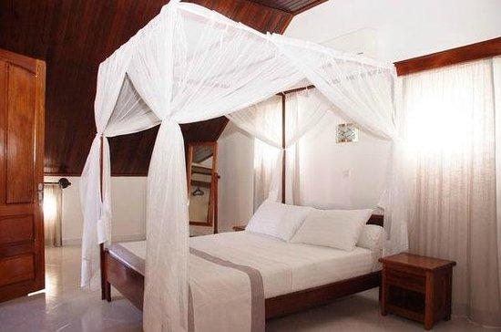 Plaisance apart hotel toamasina tamatave madagascar for Appart hotel 93
