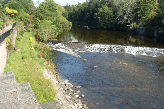 Ridgeway Bed and Breakfast: River Ericht, Blairgowrie