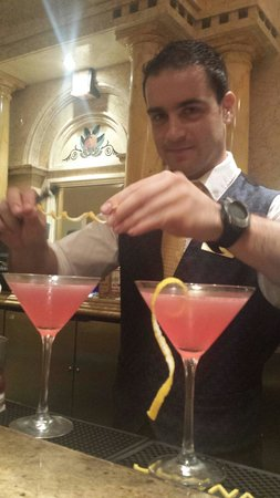 Sale E Pepe: Ivan working his magic.  The lemon pomegranate martini.