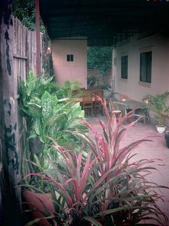 Bayon Garden Guesthouse: Frühstücksbereich