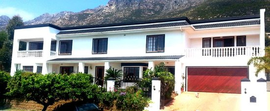 Helderberg Guesthouse : Front view