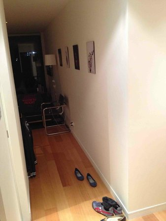 About Melbourne Apartments: corridor from maindoor to living area (outside bedroom)