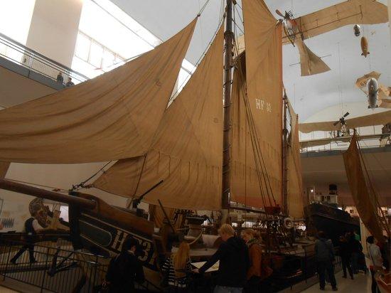 Deutsches Museum Verkehrszentrum: корабли