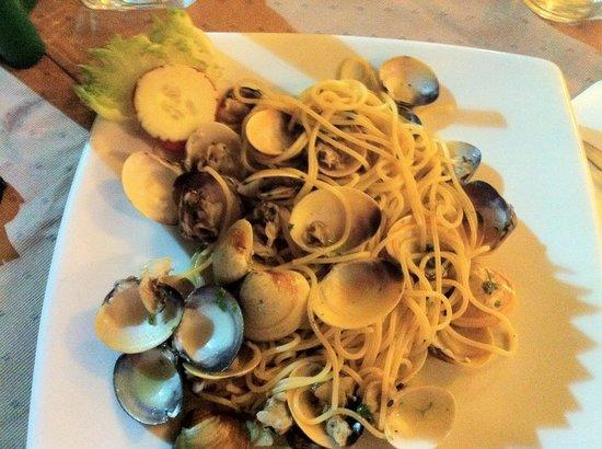 Il Tagliere da Massimo: Spaghetti alle vongole