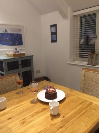 The Sail Lofts: Lovely bright kitchen and massive table....