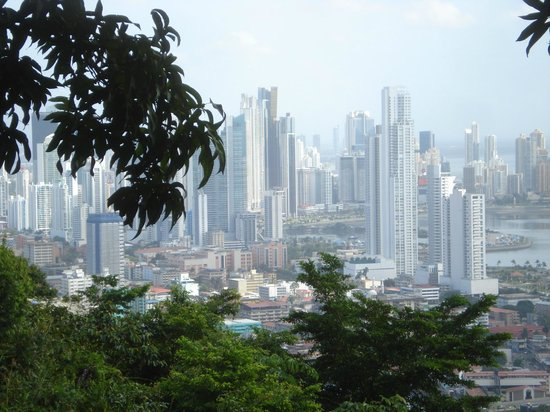 Panama Travel Unlimited - Day Tours: Panama City from Ancon Hill