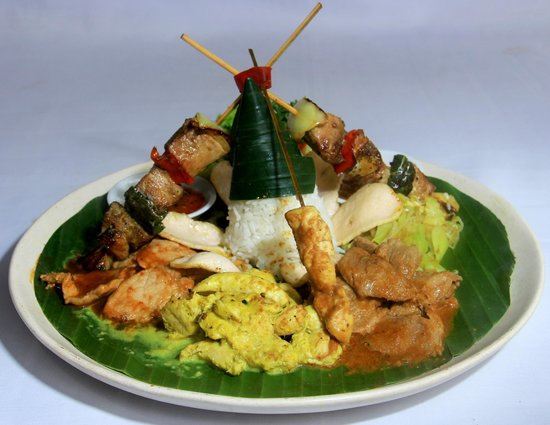 Balboni restaurant : a traditional mix rice dishes