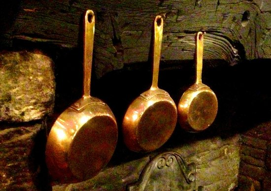 The Butchers Arms: BRASS PANS