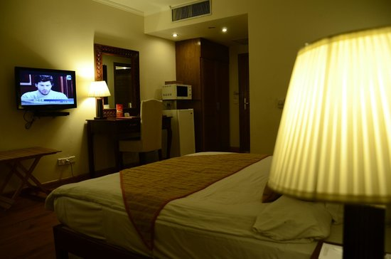 Image result for Savoey Hotel Lahore