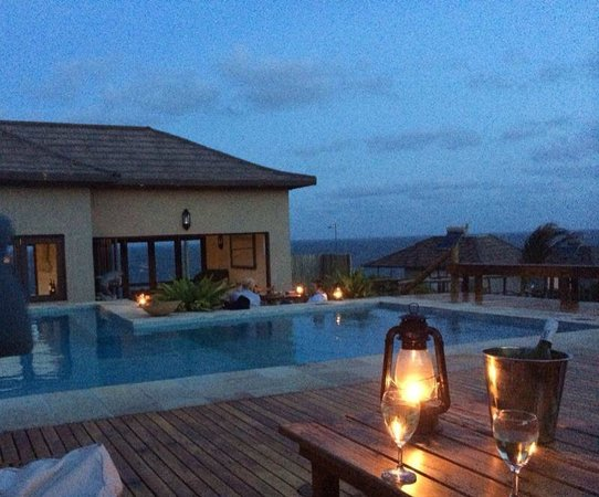 Blue Footprints Eco-Lodge: Evening Drinks