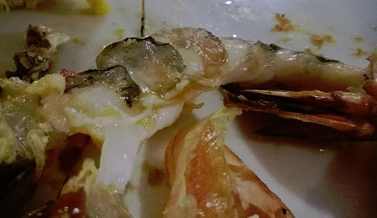 Egoiste Restaurant: Undercooked Shrimps