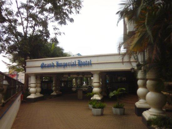 Grand Imperial Hotel: Hotel Exterior